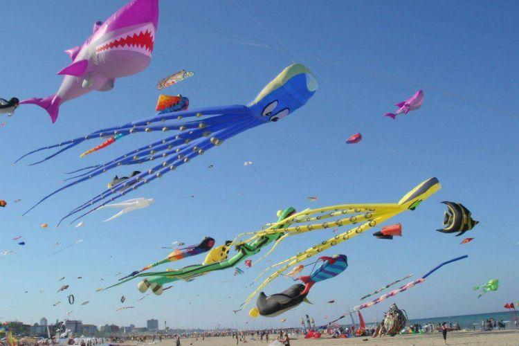 Dal 20 Aprile  - Festival Internazionale Aquiloni - Spiaggia Pinarella